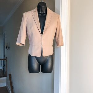 LIMITED sz 4 tan half sleeve jacket